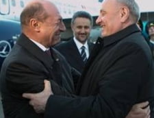 "Basescu avertizeaza Moldova: De la anarhie la ukrainizare si ""omuleti verzi"" este doar un pas"