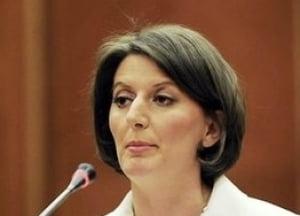 Basescu boicoteaza un summit la care participa si Obama, din cauza Kosovo
