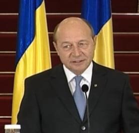 Basescu cere Parlamentului adoptarea cat mai urgenta a sase proiecte de lege