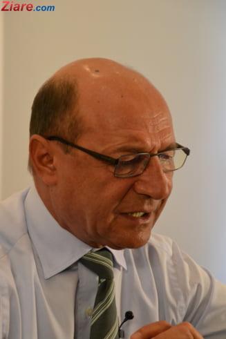 Basescu cere Parlamentului sa interzica extremistii maghiari pe teritoriul Romaniei