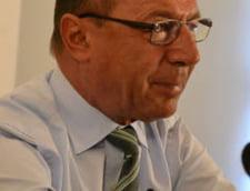 Basescu cere desecretizarea informarilor SRI despre dezinfectanti