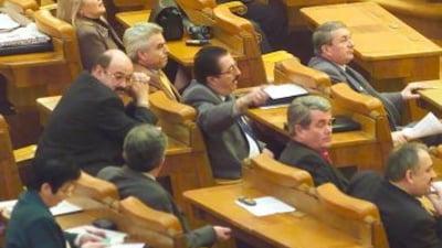 Basescu cere reexaminarea legii privind profitul Loteriei Romane