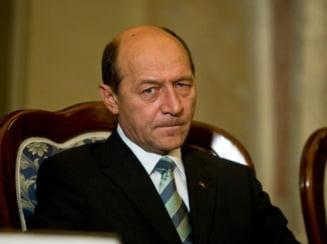 "Basescu cere respingerea legii care infiinteaza Fundatia ""Proiect Ferentari"""