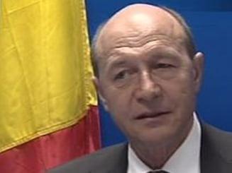 Basescu cheama partidele marti la consultari