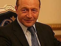 Basescu confirma: in 2007 s-a negociat o alianta PD - PSD