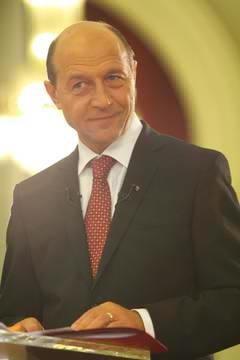 Basescu critica vizita lui Iohannis in SUA