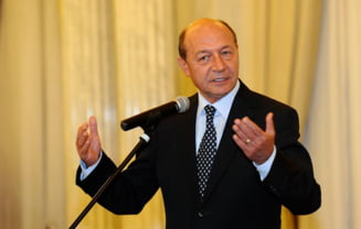 Basescu despre dosarul Microsoft: Pescariu si Florica sunt protejati de un serviciu de informatii (Video)