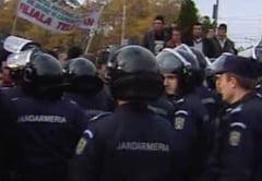 Basescu discuta totusi cu fermierii protestatari