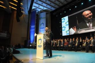"""Basescu e sigur ca intra in Parlament si anunta ca lupta pentru Unire. A dezvaluit cele doua mari """"taine"""" ale Romaniei"""