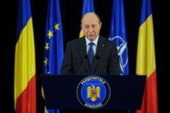 Basescu felicita R. Moldova pentru eliminarea vizelor UE - apel la orientare pro-europeana