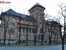 Basescu i-a cerut lui Stirbu sa nu comaseze Muzeul Satului cu MTR. Ponta: Comasati-le!