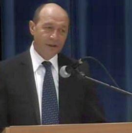 Basescu i-a chemat pe Boc si Geoana la consultari