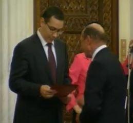 Basescu ii ofera iar demisia lui Ponta - Vezi reactiile politicienilor