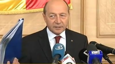 Basescu ii raspunde lui Ponta: Sa citeasca Constitutia, spune trasnai cu mandate (Video)