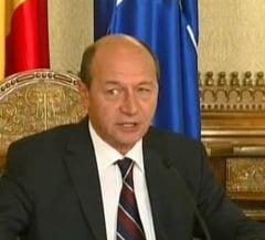 Basescu ii retrage decoratia lui Homostean