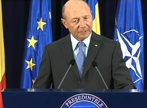 Basescu ii scrie lui Zgonea: Respingeti acciza pe carburanti. Exista alternative! (Video)