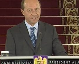 Basescu il acuza pe Geoana ca tergiverseaza Codurile