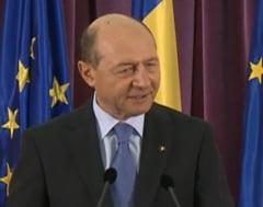 Basescu il ataca dur pe Ponta: Micul plagiator degradat moral vrea sa reincalzeasca ce nu i-a reusit cu falsul lui SRS