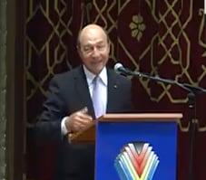 Basescu il ataca pe Ponta: Se inventeaza taxe pentru a hrani aparatul bugetar