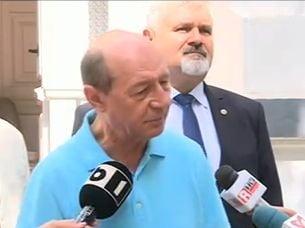Basescu il contrazice pe Iohannis: UE nu ne poate obliga sa primim refugiati, am face o mare greseala (Video)