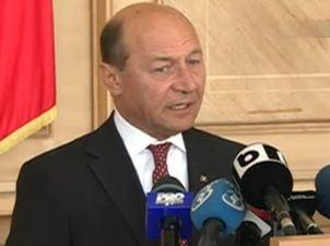 Basescu il da in judecata pe fostul inspector care l-a acuzat de incendierea unui vas