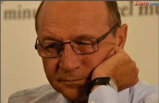 Basescu il ironizeaza pe Blaga: Vasile, mai incearca!