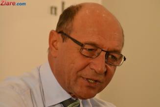 """Basescu il numeste pe Dragnea """"un psihopat incult, care se crede ori Ceausescu, ori Napoleon"""""""