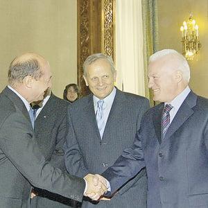 Basescu il pune pe Valeriu Stoica la conducerea ICR