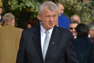 Basescu implineste 61 de ani - Oprescu a fost atent sa nu-i trimita verze