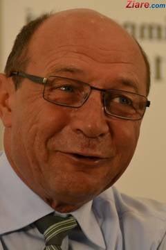 Basescu incurajeaza un concurs de natalitate intre rromi si romani - ONG-uri