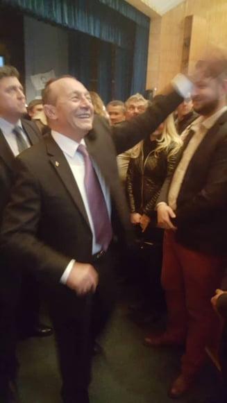 """Basescu intervine in scandalul """"acoperitilor"""": Doar Ponta si Ghita au fost. Restul, slugi cu IQ redus"""