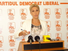 Basescu isterizeaza PDL-ul. R. Turcan: Mai bine mi-as taia o mana decat sa-l votez pe Antonescu