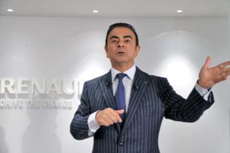 Basescu l-a decorat pe directorul Renault-Nissan