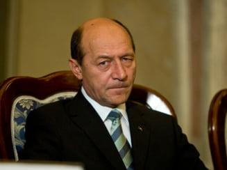 Basescu l-a reclamat pe Ponta la CCR pentru ca a refuzat sa semneze decrete de decorare (Video)