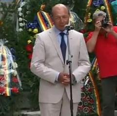 Basescu la Oarba Muresului: Romanii au dat sange pentru Transilvania (Video)