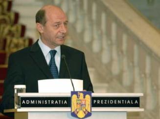 Basescu lauda Mica reforma in Justitie
