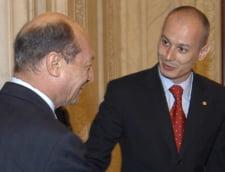 Basescu muta si castiga: un liberal, premier? (Opinii)
