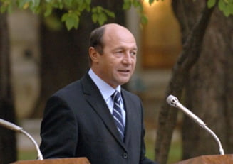Basescu nu e de acord cu Legea vanatorii si o retrimite in Parlament