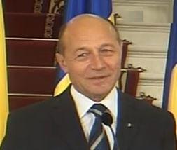 Basescu nu mai suporta dictatura lui Geoana si Anastase in Parlament