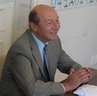 Basescu nu se mai duce la Comisia SRI: Cautati-ma dupa ce il audiati pe Dragnea. Salvati-l pe Daddy!