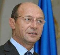 Basescu participa, joi, la aniversarea privatizarii Uzinelor Dacia