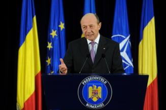 Basescu propune si el o dezbatere Ponta-Iohannis: La Cotroceni