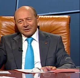 """Basescu recunoaste ca el i-a spus fiicei sale sa inregistreze """"Miscarea Populara"""" la OSIM"""