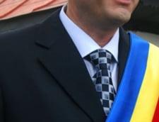 Basescu saluta legea alesilor locali: Primarii sunt taraiti prin toate procesele pamantului (Video)