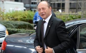 Basescu se intoarce (Opinii)