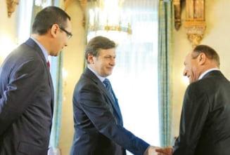 Basescu si Puterea, in asteptarea loviturii de baros (Opinii)