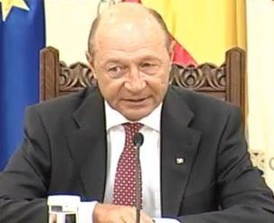 Basescu solicita Parlamentului sa adopte de urgenta doua legi