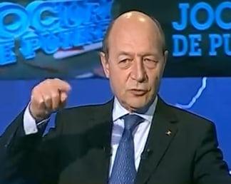 Basescu someaza serviciile sa spuna cine le-a filat pe Bica si Udrea: Cum sa asiguram securitatea cibernetica a Ucrainei?