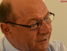 Basescu spune ca nu se vrea o motiune de cenzura: Poate se va depune de Revelion, de Craciun sau la Paste