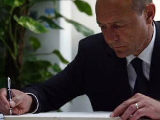 Basescu va semna scrisoarea cu FMI doar daca nu contine accizele la carburanti - surse